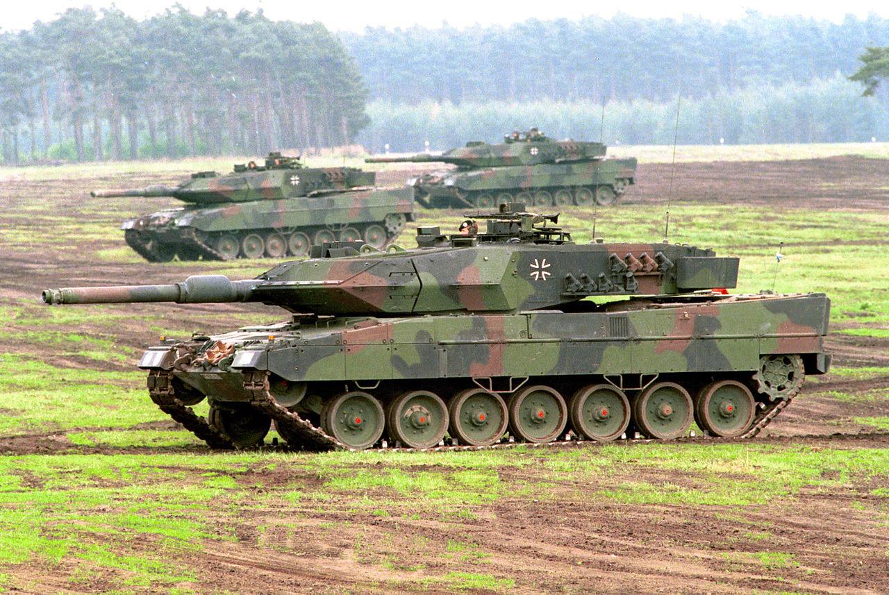 Zbigniew Pisarski owzmocnieniu wschodniej flanki NATO wTVP Info