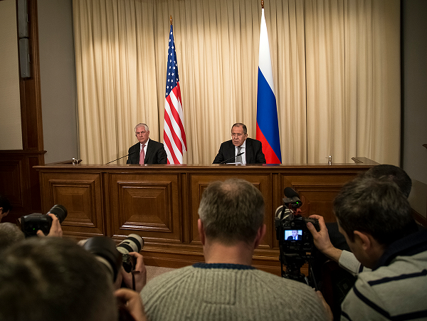 KOMENTARZ: Wizyta Tillersona wMoskwie – bez  przełomu wstosunkach rosyjsko-amerykańskich