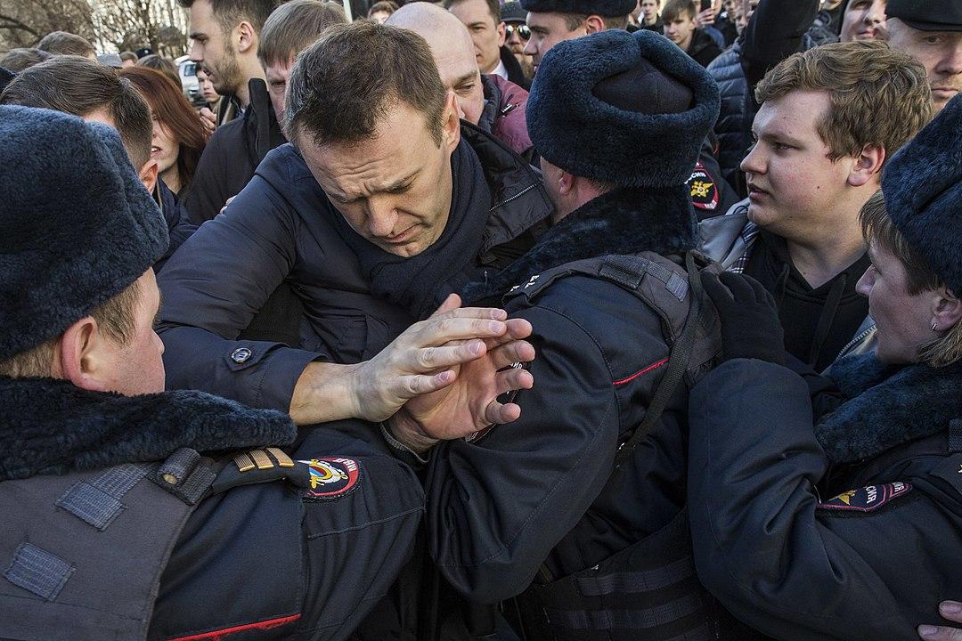KOMENTARZ PUŁASKIEGO – O.Nadskakuła-Kaczmarczyk: Otruty, ależywy czyzdrowy iaktywny – jaki Nawalny jest dla Kremla bardziej niebezpieczny?